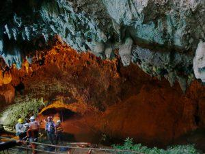 Thailand Höhle3 300x225 - Thailand Höhle3