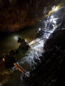 Thailand Höhle6 225x300 - Thailand Höhle6